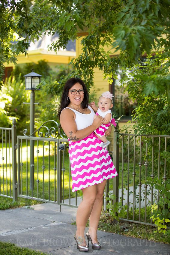 Mommy & Me session by Kate Brown Photography of Elko, NV. Adorable mom and daughter matching outfits!