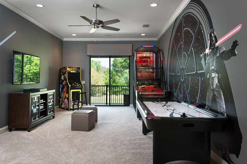 For Star Wars enthusiasts, comes this amazing games room: Orlando ...