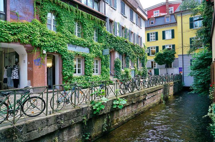 Freiburg erleben: die Green City mit der schönsten Gasse Deutschlands