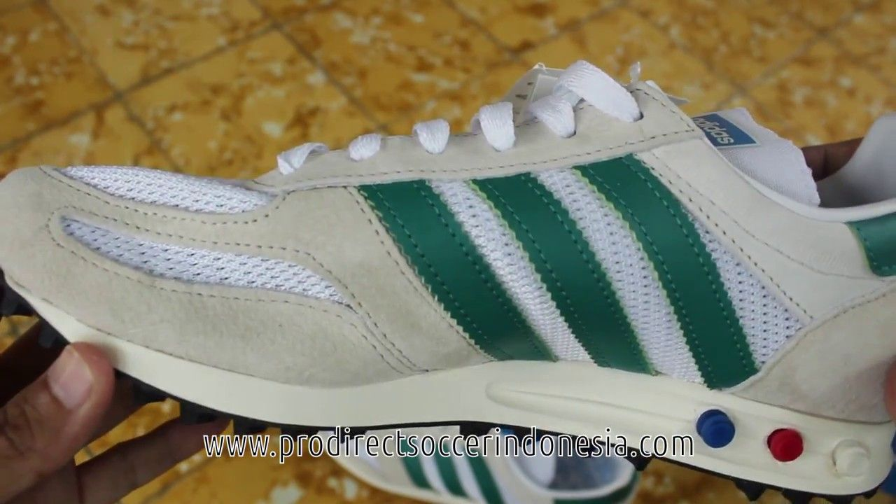 Sepatu Sneakers Adidas La Trainer Og Owhite S79942 Original