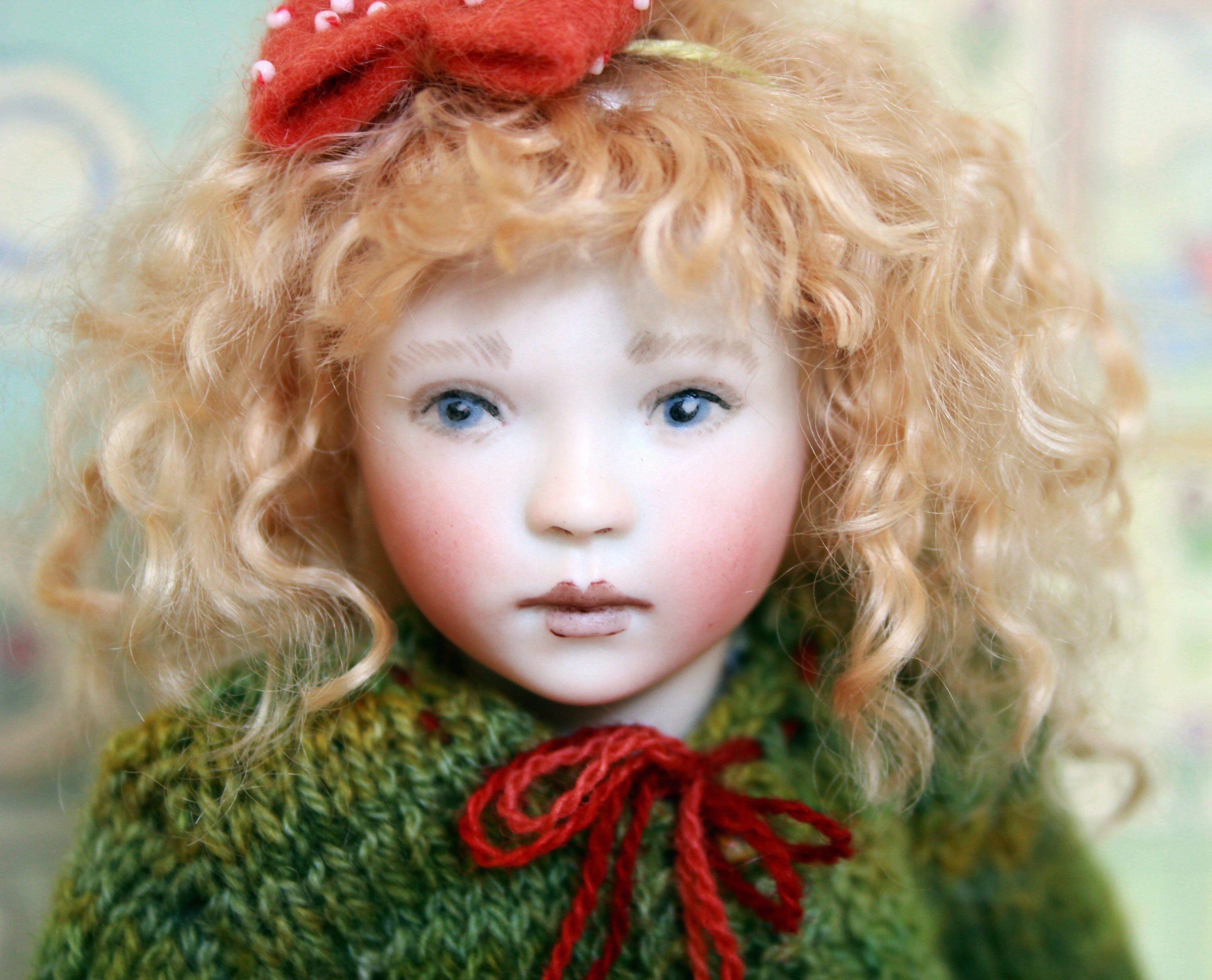 Goldilocks (2012 club doll) by Lynne & Michael Roche