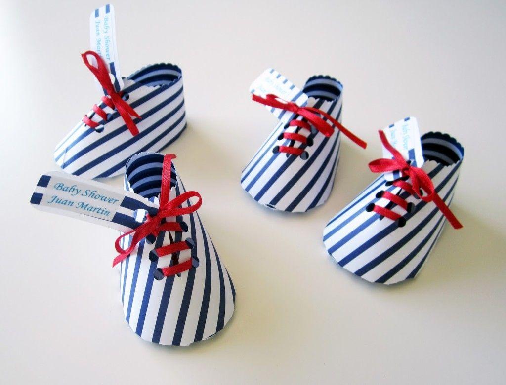 Zapatillas de papel como souvenirs de baby shower - Manualidades de papel ...