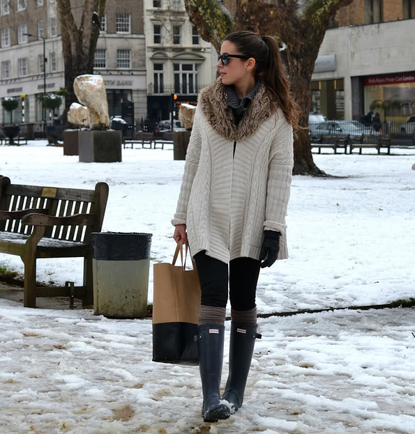 Sweater and boots for snowy days.