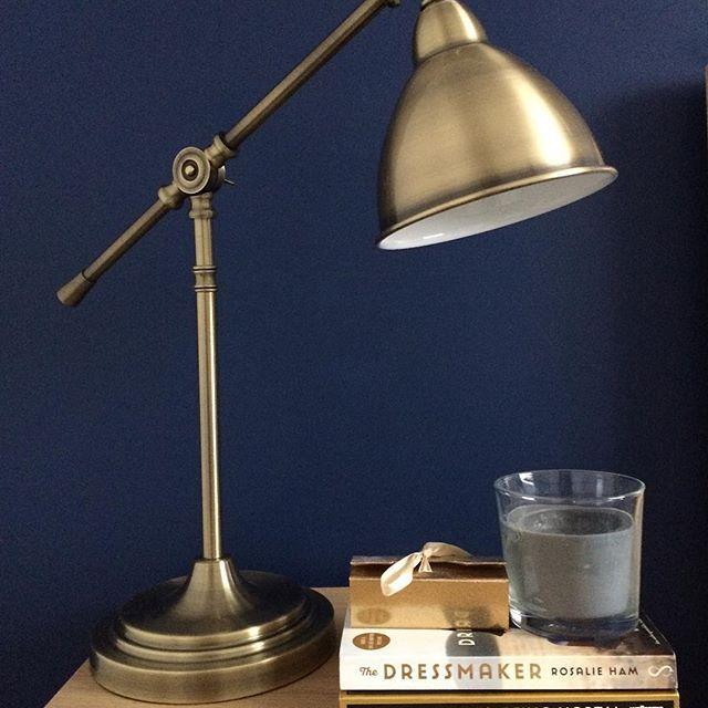 My bedside table #decor #homedecor #home #bedroomdecor #bedroom #bedsidetable #blue #gold