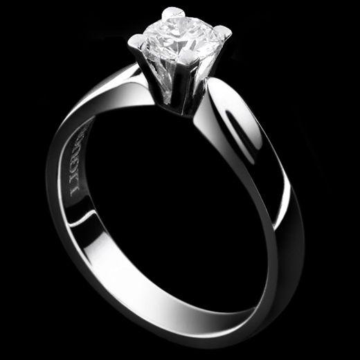 Liguori Collezione Bridal Solitario - LAG3741 Anello in oro bianco 18 kt. griffes quadra.  Il simbolo di una promessa d'amore.