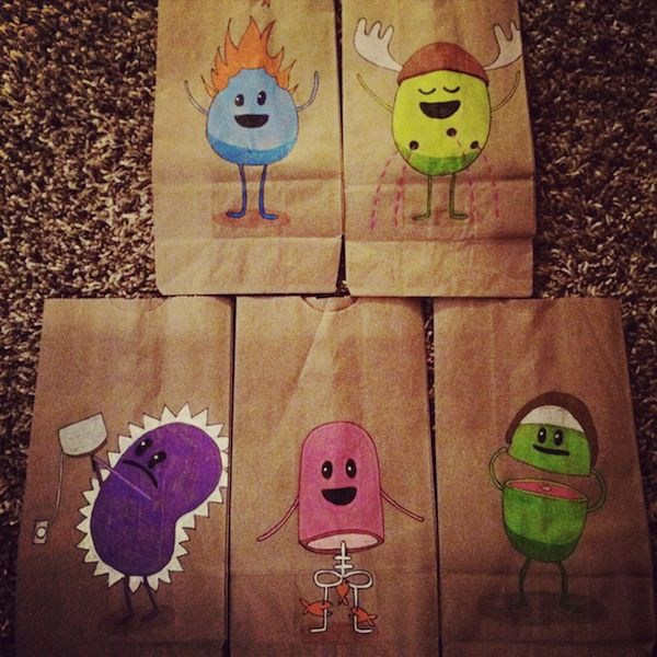 Mom Creates Wonderful Drawings Of Pop Culture Characters On Kids Lunch Bags Kids Lunch Bags Best Lunch Bags Kids Lunch