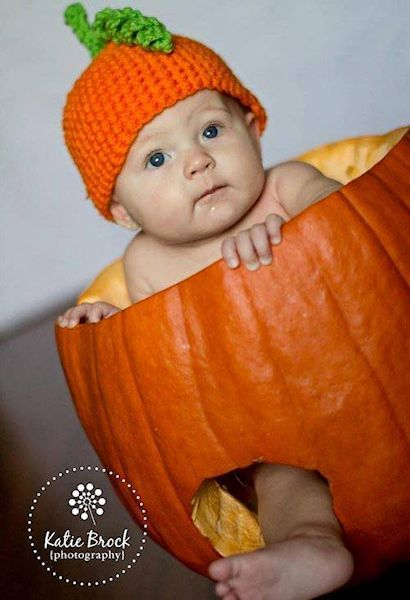 Pumpkin Ideas For Babys First Halloween Holiday Favorites Cool
