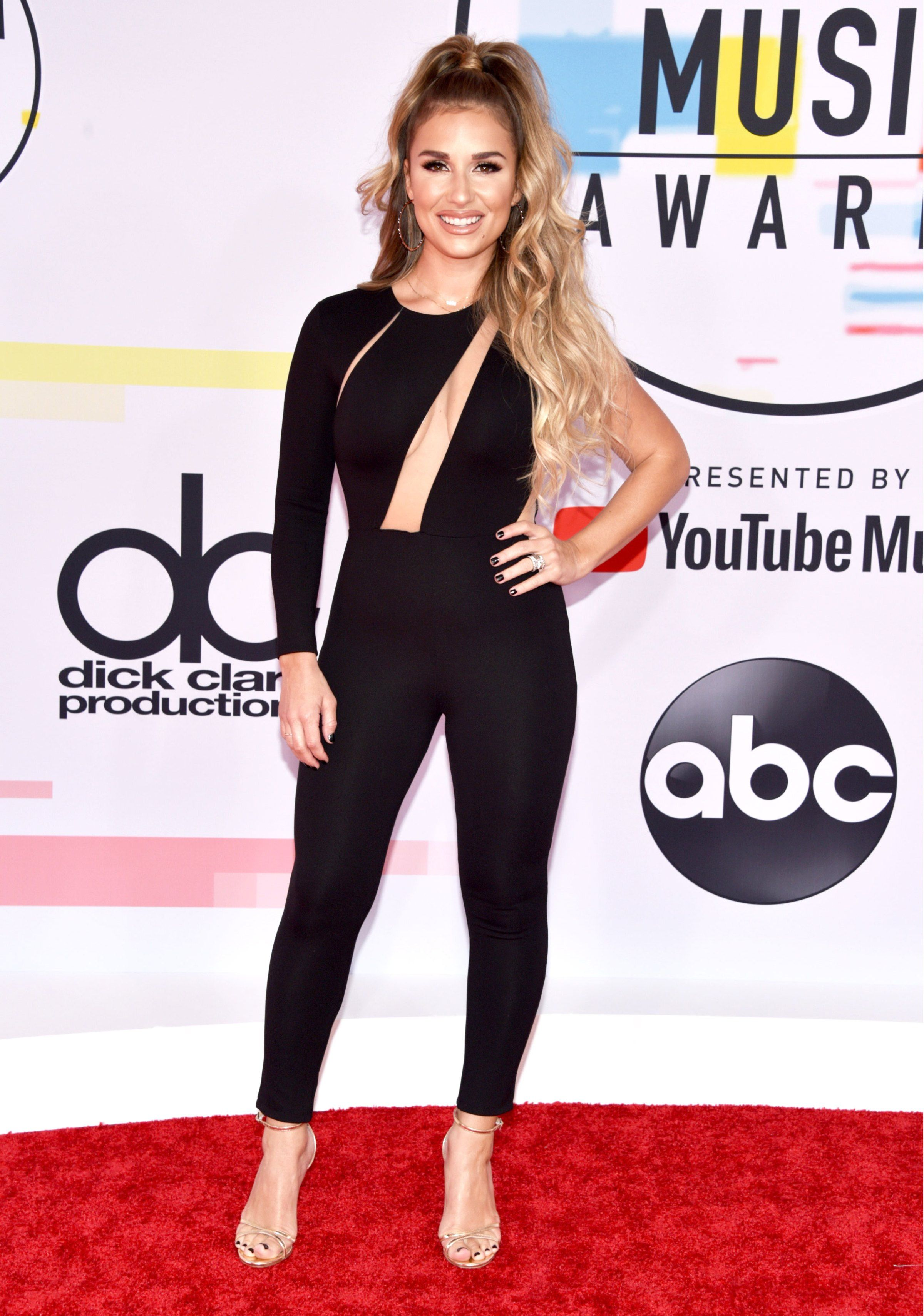 See What the Stars Wore to the American Music Awards 2018