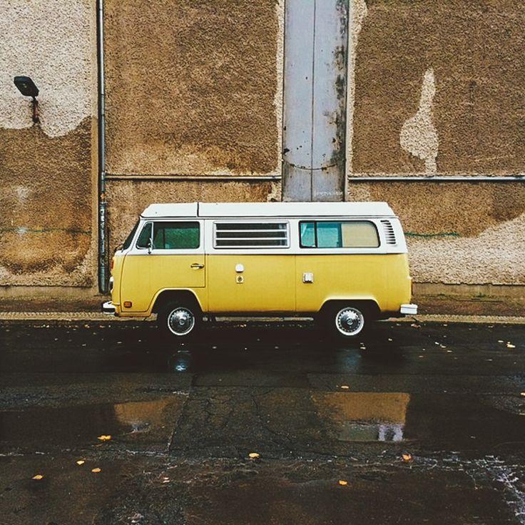 Volkswagen Just Re Released Everyone S Favorite Hippy Van But Now It Electric