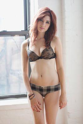 Black hair girl big tits having sex