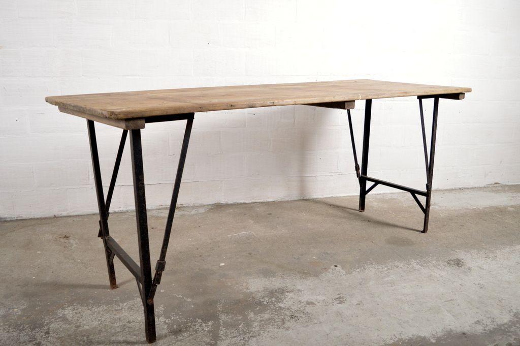 Table Pliante Industrielle Vintage 12 T