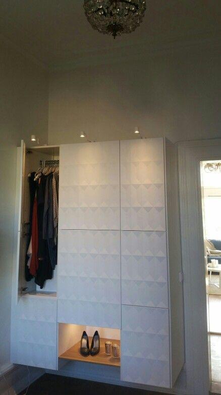 garderob wardrobe av ikeas k ksstommar och ikeas herrestad sk psd rrar hemma home. Black Bedroom Furniture Sets. Home Design Ideas