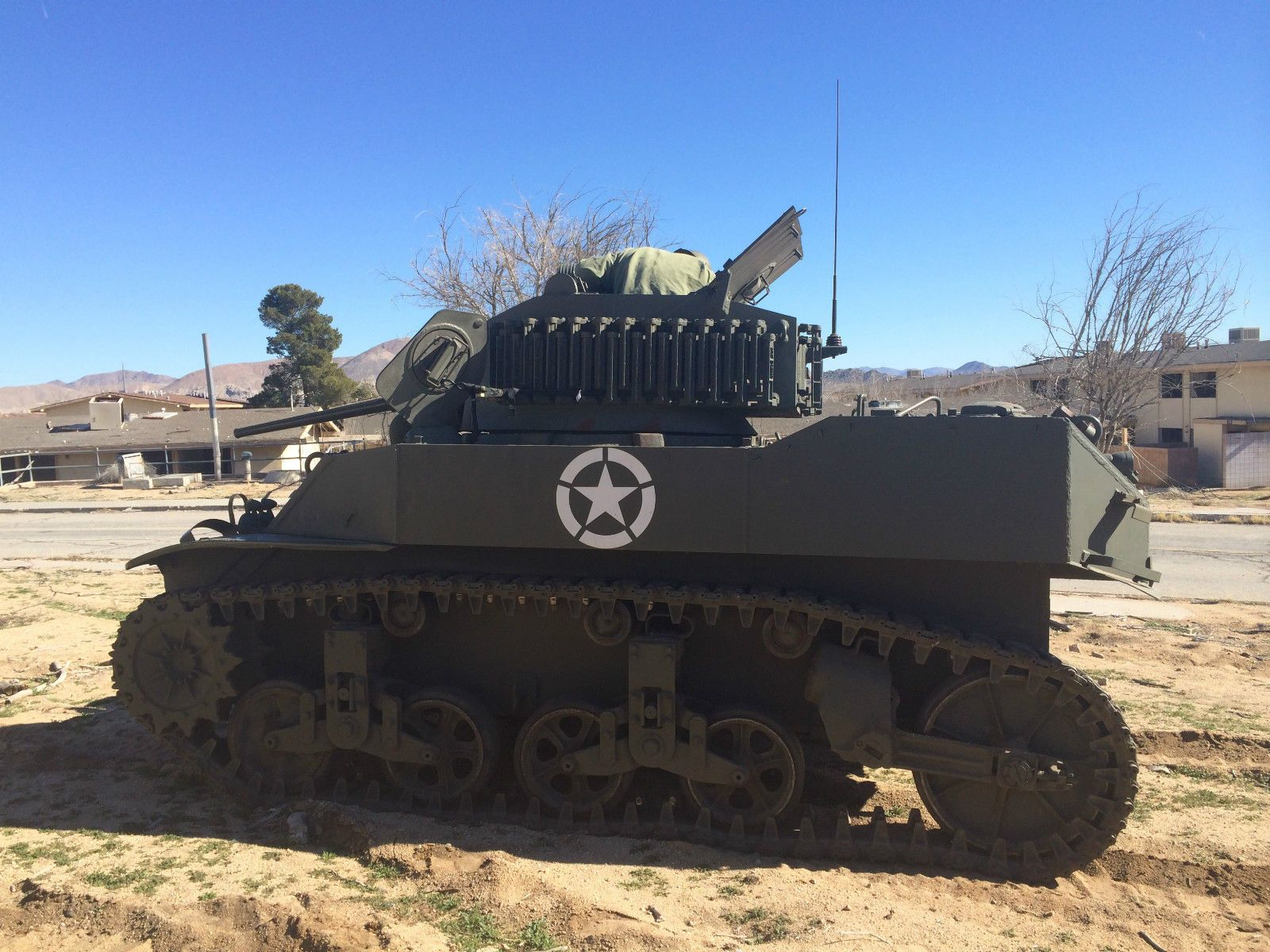 FOR SALE WWII M5A1 Stuart Tank ly USD 160 000