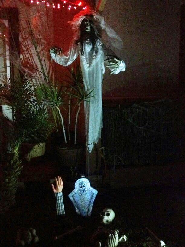20 Garage Halloween Decorations Ideas Halloween garage, Decoration - halloween garage ideas