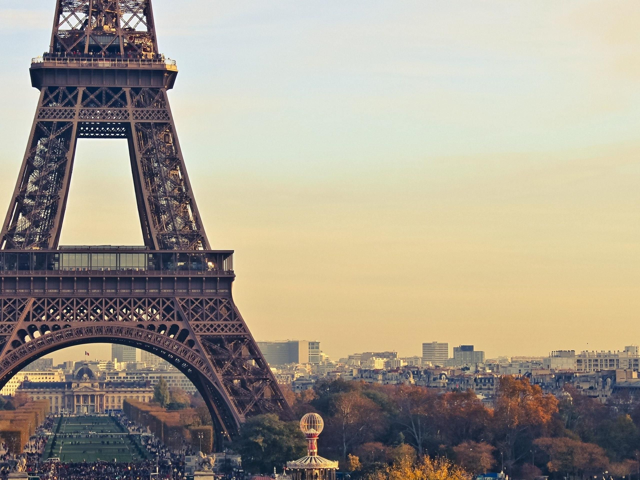 Paris Desktop Wallpaper