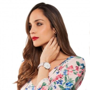 Lorena Van Heerde con Reloj Pastel Dream Plata Lila http://buff.ly/2bVbC6D