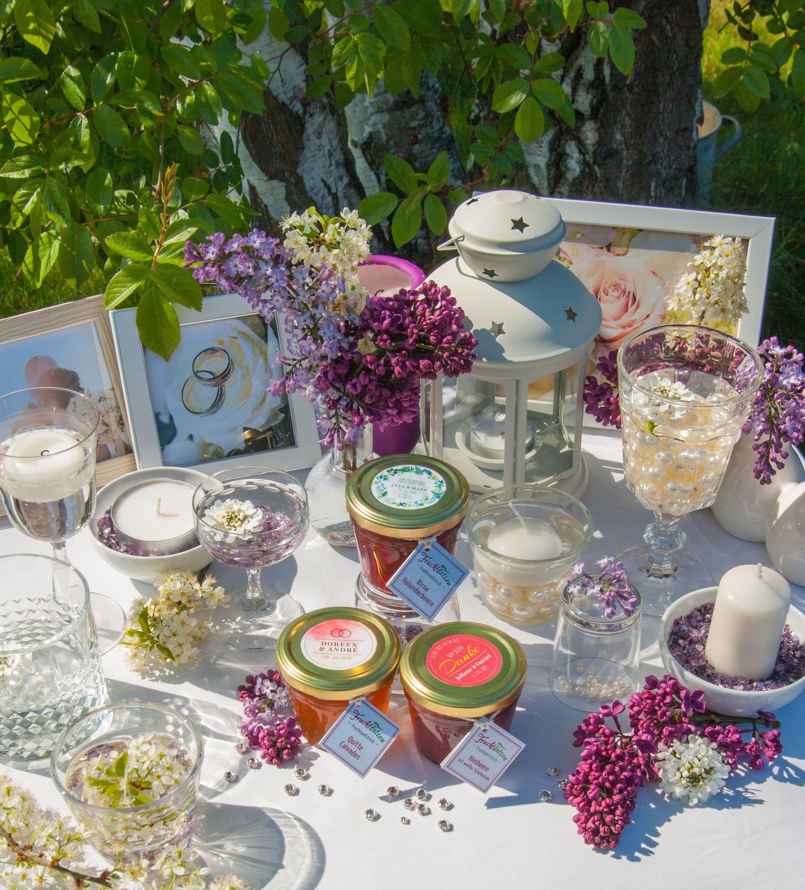 individuelle Gastgeschenke zur Hochzeit, kleine Marmeladen für jeden Gast - aus der Marmeladenmanufaktur Fruchttatzen.de
