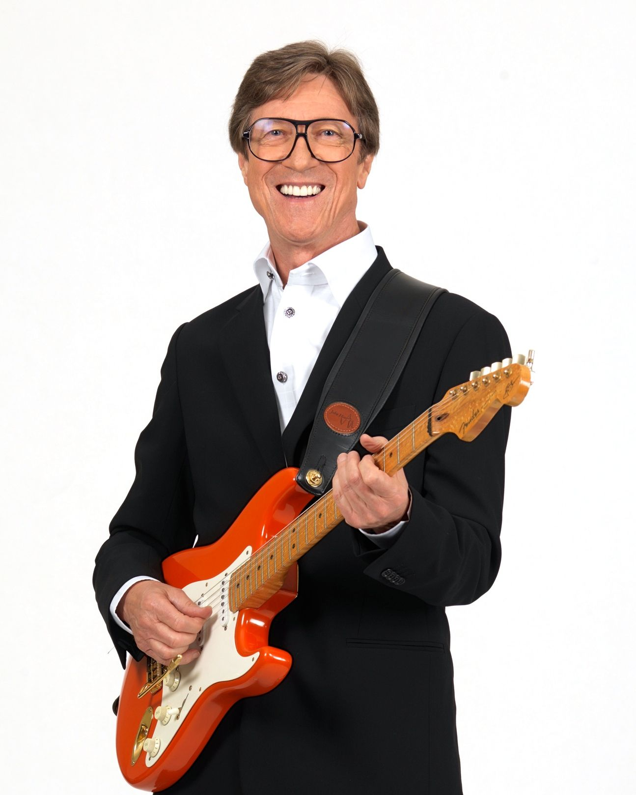 e5d144ed907 Hank Marvin Is The Fender Stratocaster, He did for Fender what Les Paul did  for Gibson. Fender has without doubt sold more guitars through Hank then ...