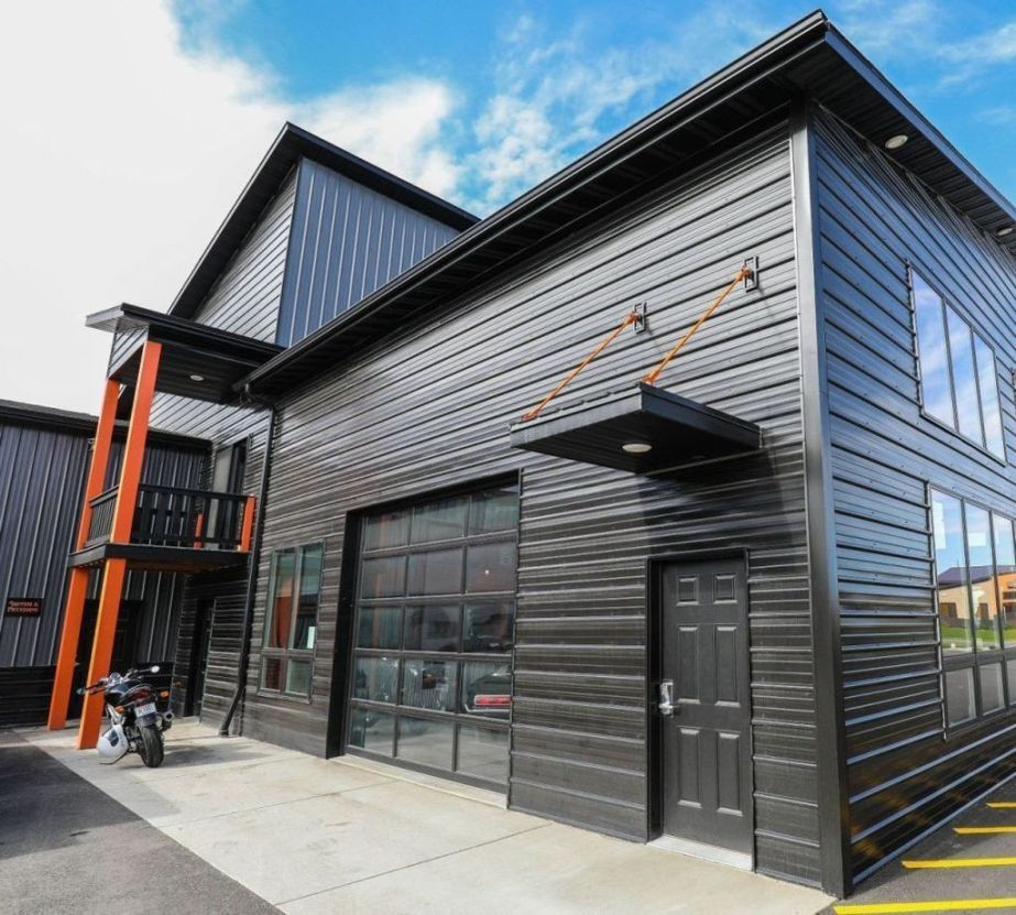 45 Perfect Metal Buildings Design Ideas For Stylish And Modern Design Homelizm Com Metal Building Designs Metal Buildings Building Design