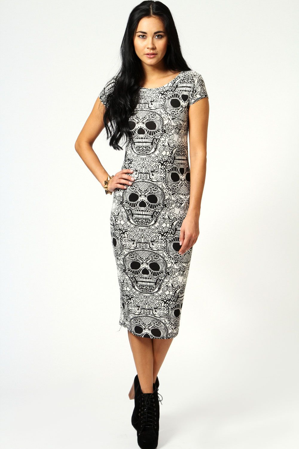 407677e488e Estelle Skull Print Cap Sleeve Bodycon Midi Dress