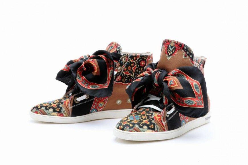 41167749fad3 Foulard Sneakers by Russy Valenki