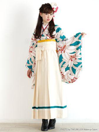 前髪なし 編み込み 卒業式の袴 ドレスに似合う ロング の髪型 2ページ目 Curet キュレット まとめ 卒業式 袴 着物 ファッション