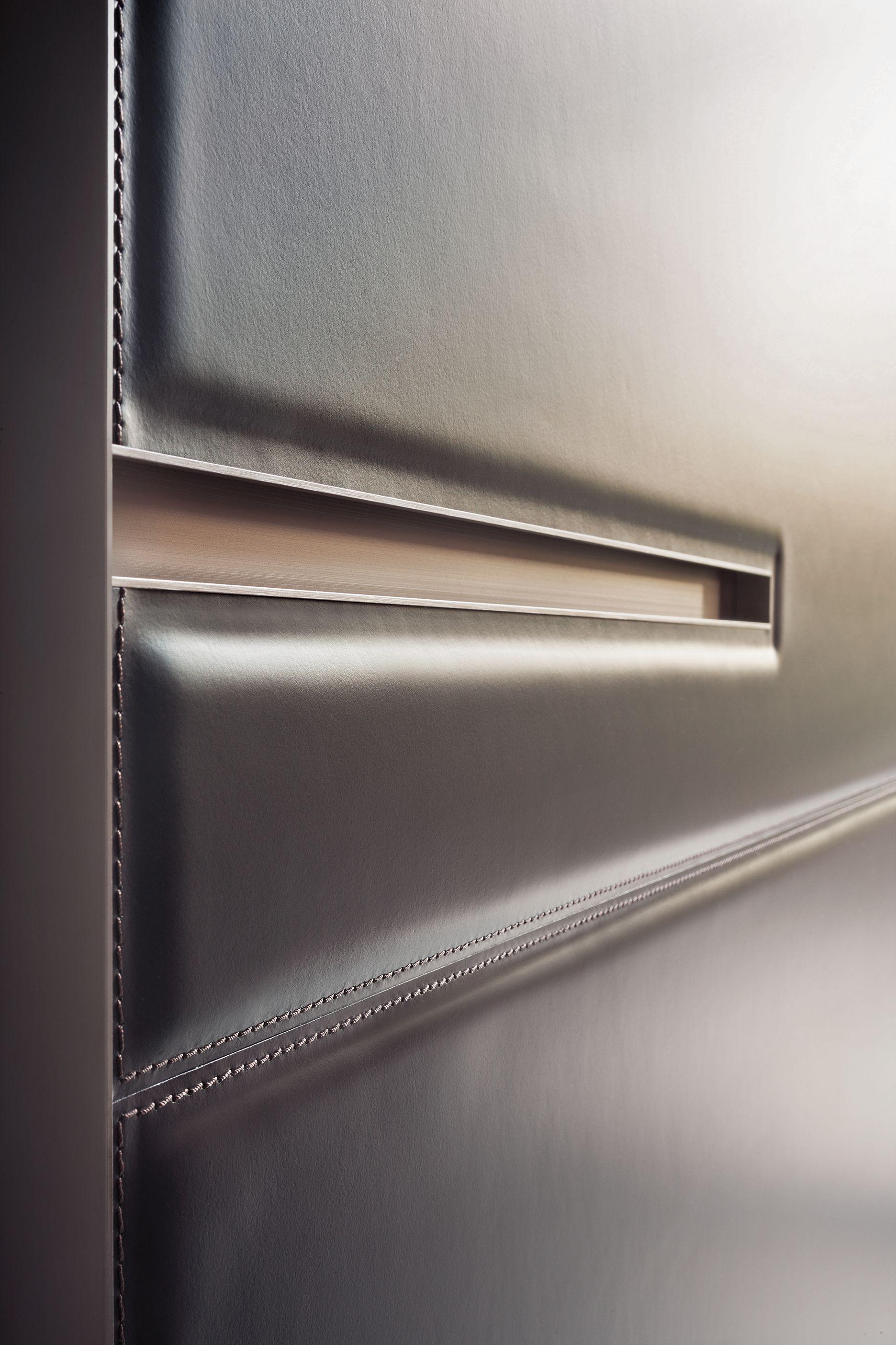 True Italian Elegance Luxurious Leather Finished Coplanar Doors In The Armadio Al Centimetro Wardrobe Ra Joinery Details Furniture Details Interior Furniture