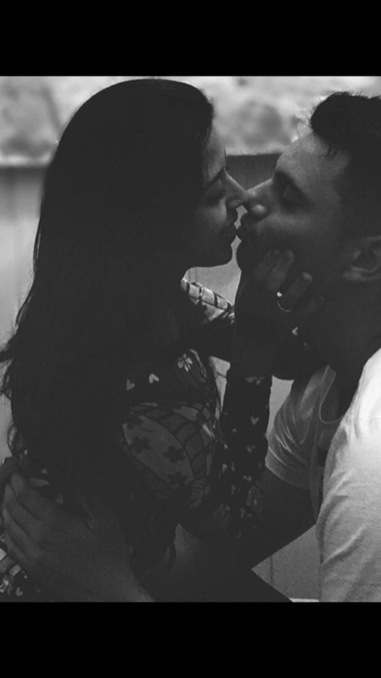 I love this finest black and white couples pics blackandwhitecouplespics