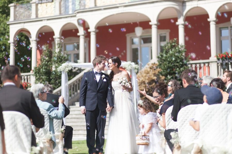 Fun at our rustic outdoor wedding ceremony in the garden. Dress by BHLDN, Penelope gown  Location: Villa San Quirico, Minusio, Switzerland  Foto: Corina de Stefani, The Wedding Day