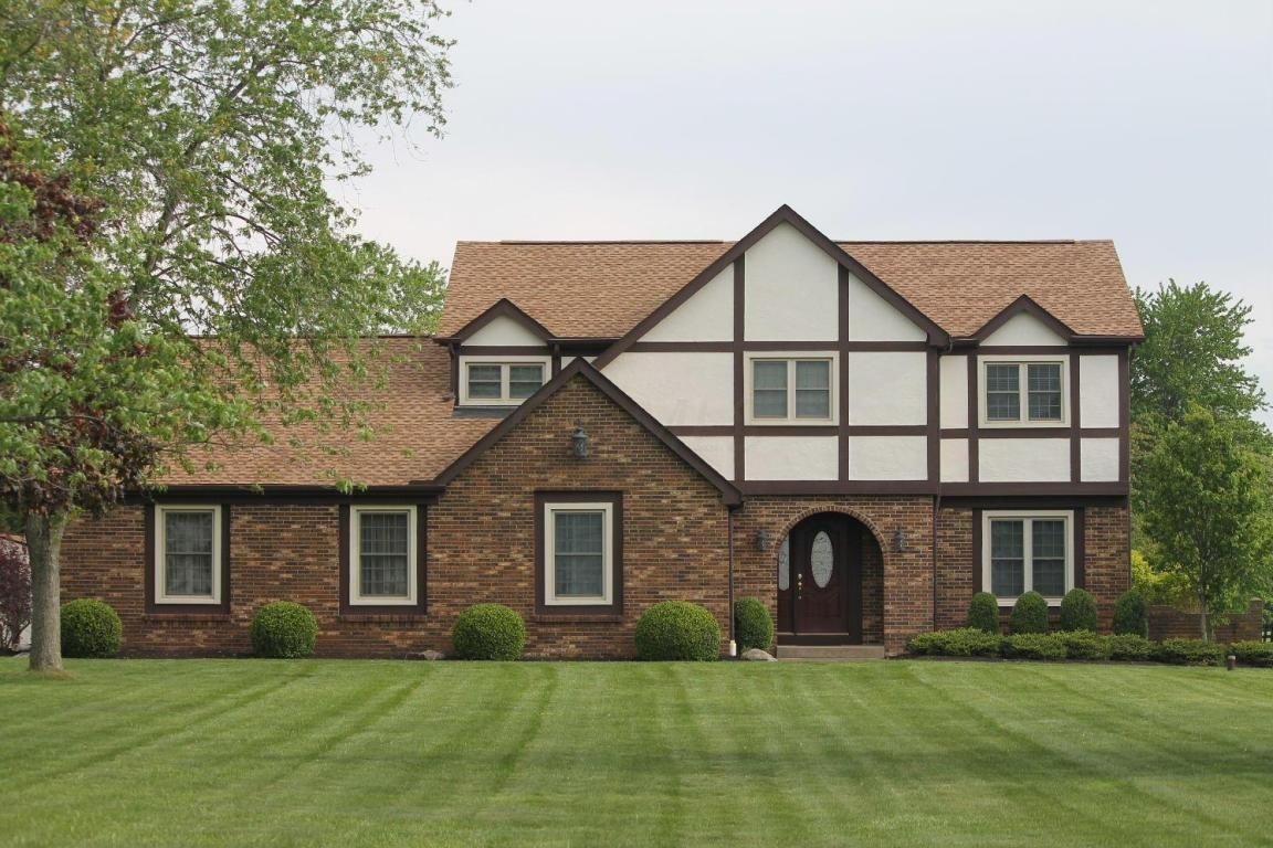 4960 Grove City Rd Grove City Oh 43123 4 Bed 3 Bath 350 000 This Home Has Many U Grove City Home House Styles
