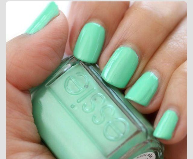 Unhas Verde Agua ... ESSIE | Nails | Pinterest