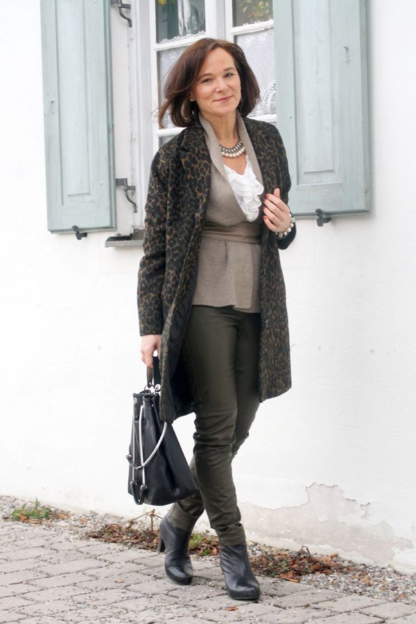 Leopard Leather Lady Of Style A Fashion Blog For Mature Women 30 Mode Outfits