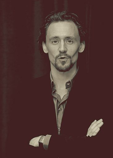 Hiddleston's  Cheekbones Olympic Gold( tie for with Benedict Cumberbatch) for Extreme Cheekbones.