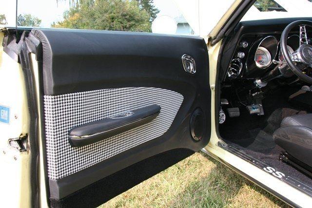 1968 Camaro Custom Black Leather And Houndstooth Interior Complete With Custom Gts Camaro Custom Car Interior Pro Touring