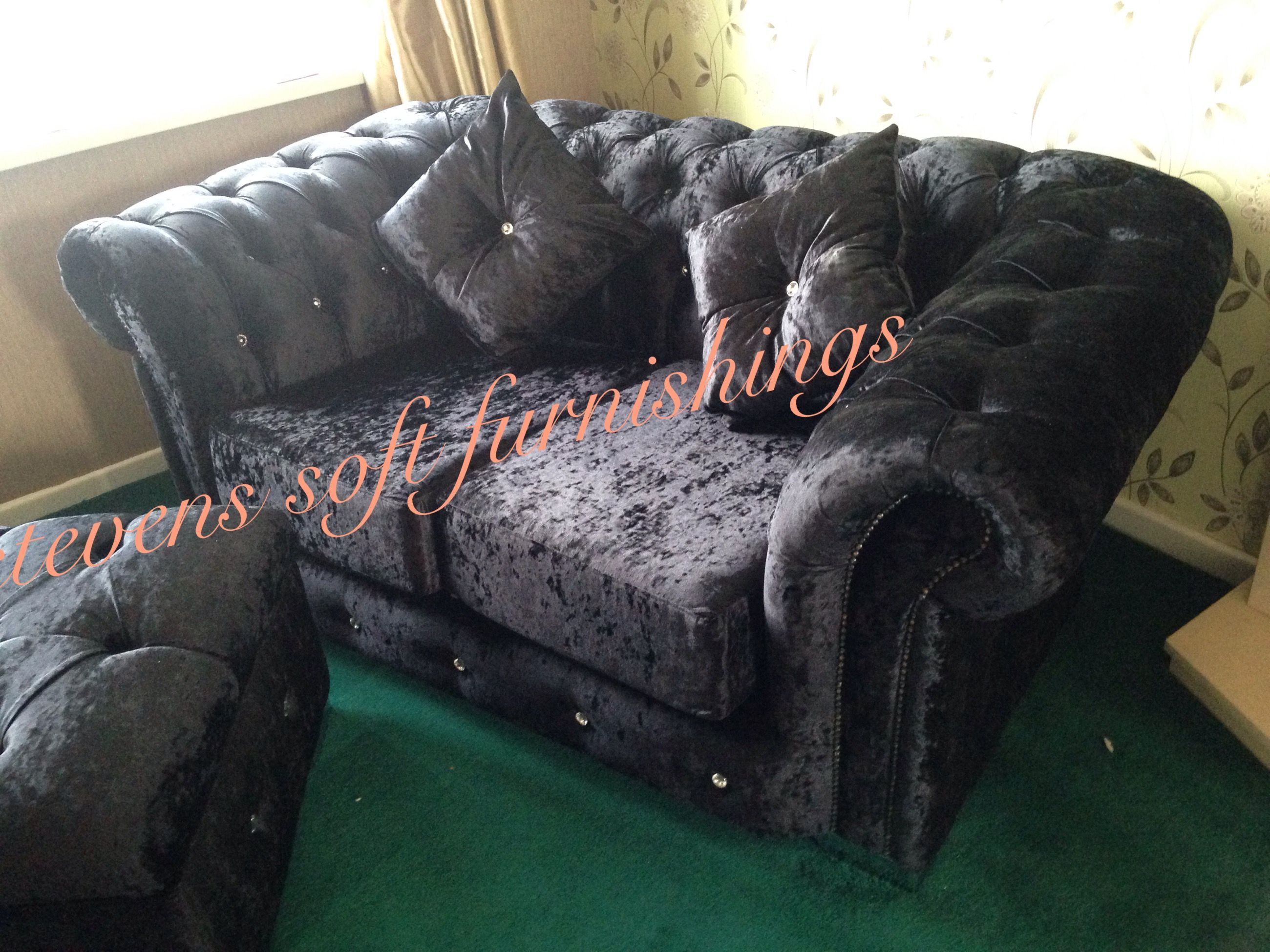 Chesterfield 2 Seater Black Crushed Velvet Sofa Deeply Buttoned With