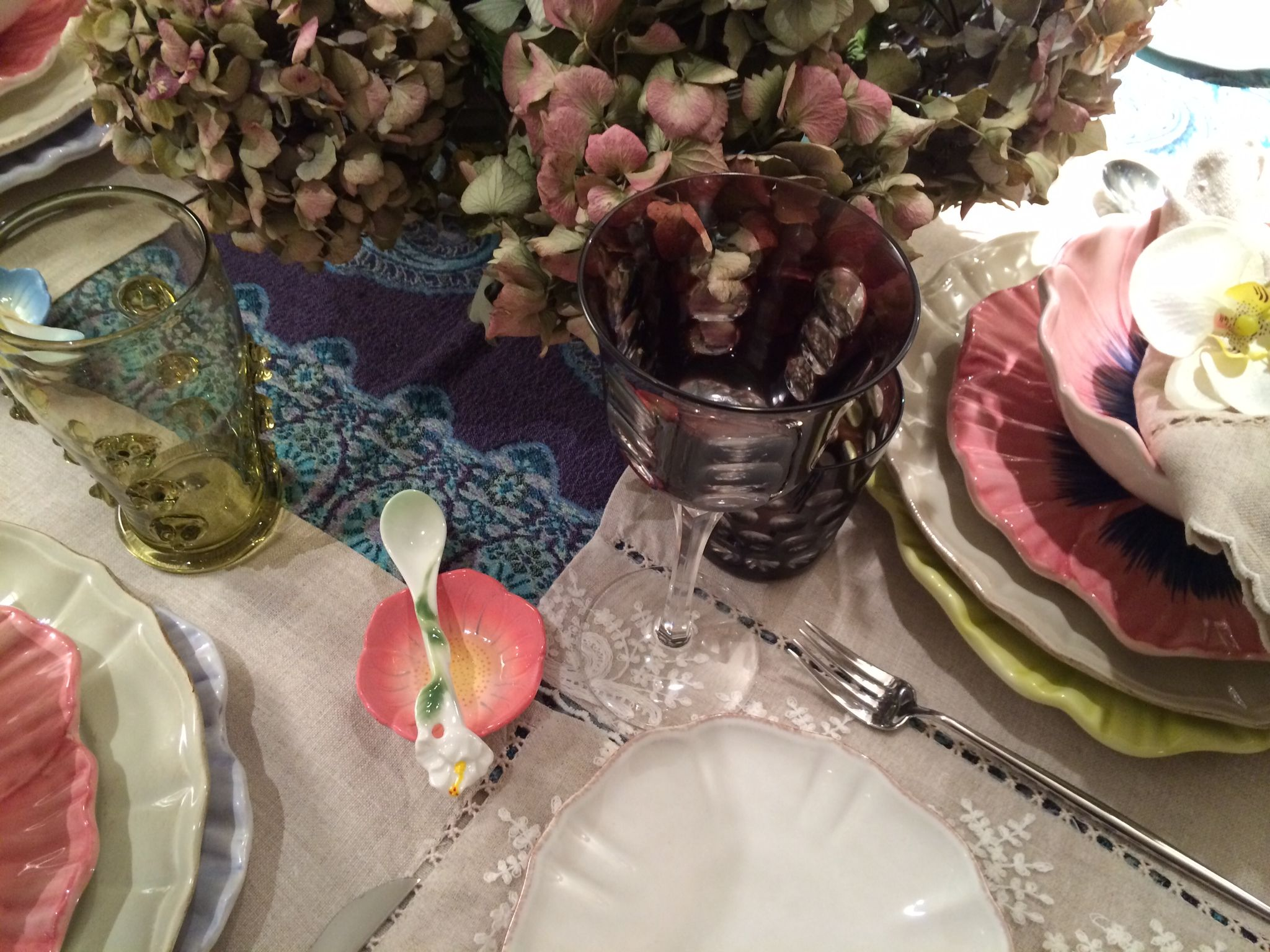 Charmant Blanc D Ivoire Saint Tropez #14: Christofle Wine Glasses Mixed With Murano Glasses And Jug | Vista Alegre  Cutlery | Blanc D. Hydrangea FlowerHydrangeasSaint TropezZara ...