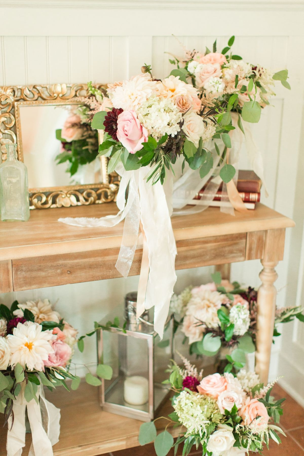 The wedding collective giveaway wedding at big spring farm with the wedding collective giveaway wedding at big spring farm with florals of neutrals pinks mightylinksfo Images
