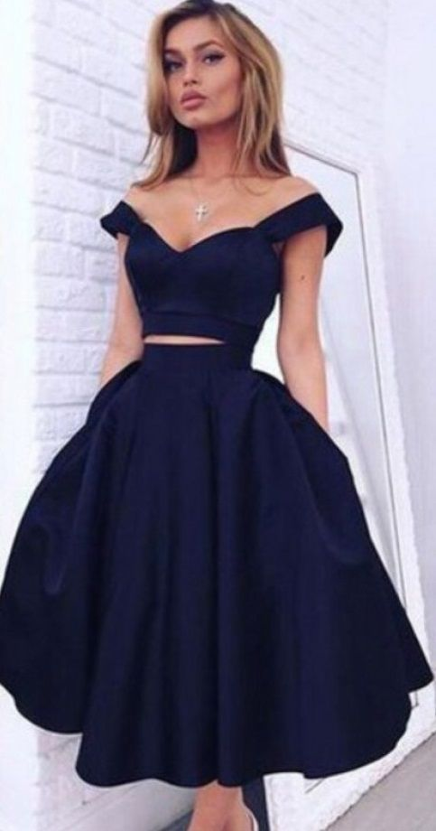 Gorgeous A-line Two-piece Off-the-shoulder Dark Navy Homecoming Dress Party Dresses
