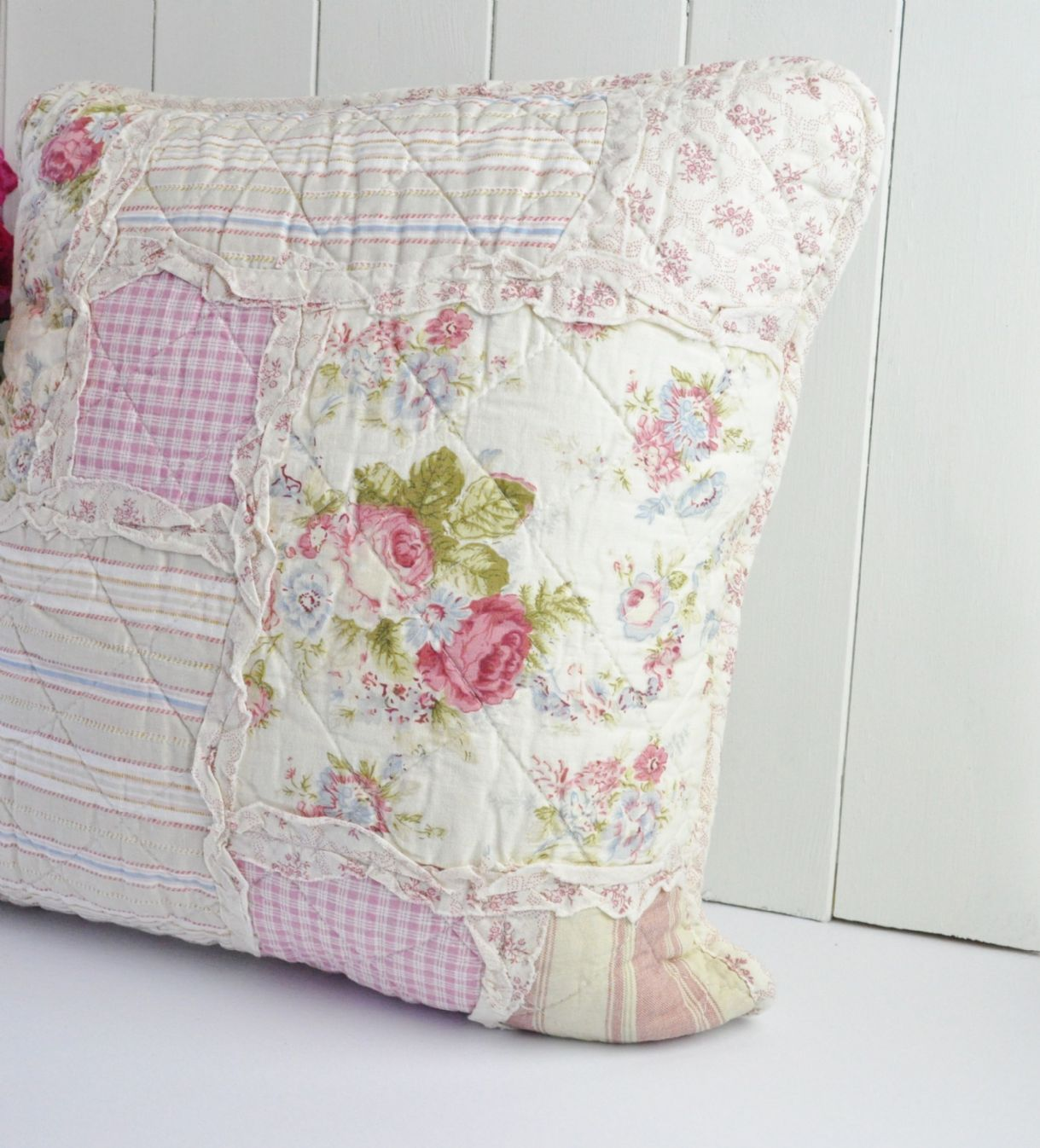 Shabby Chic Decorative Pillows : shabby chic clothes Shabby Chic Country Style Patchwork Cushion Cover things to sew ...