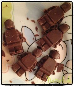 LEGO-Schokolade; selbstgemacht mit der entsprechenden Silikonform.
