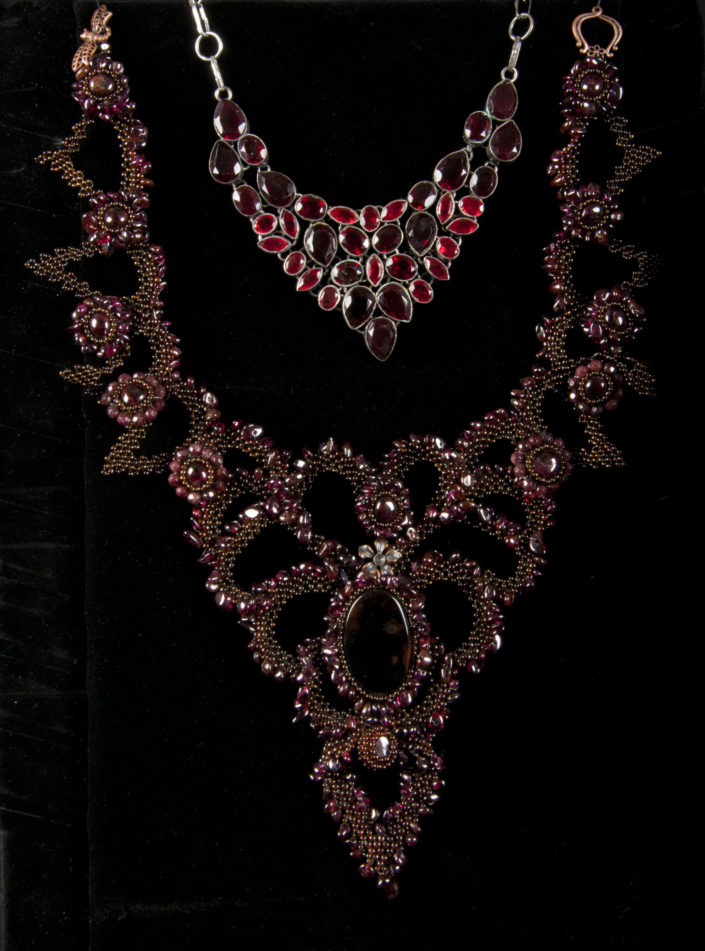 cut garnet red georgian nyshowplace flat necklace