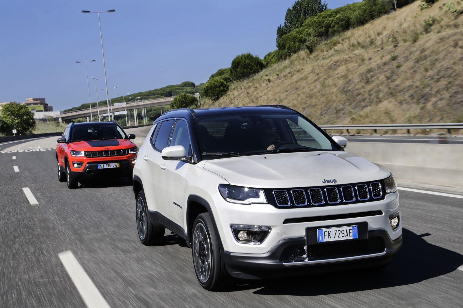 New Jeep Compass Officially Launched In Europe 38 Photos In 2020 Jeep Compass Jeep White Jeep