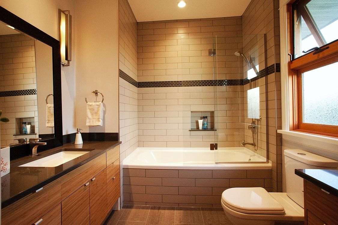 Luxurious Large Bathroom With Alcove Soaking Bathtub Shower Combo And C