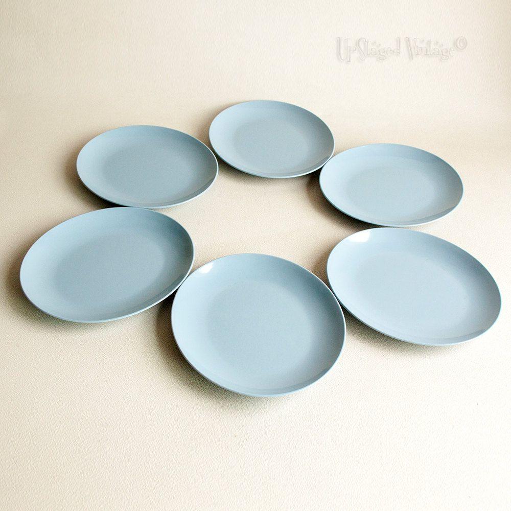 Six 6 Retro 1960s/70s Powder Blue Oval Gaydon Melamine Picnic Plates by UpStagedVintage on & Six 6 Retro 1960s/70s Powder Blue Oval Gaydon Melamine Picnic ...