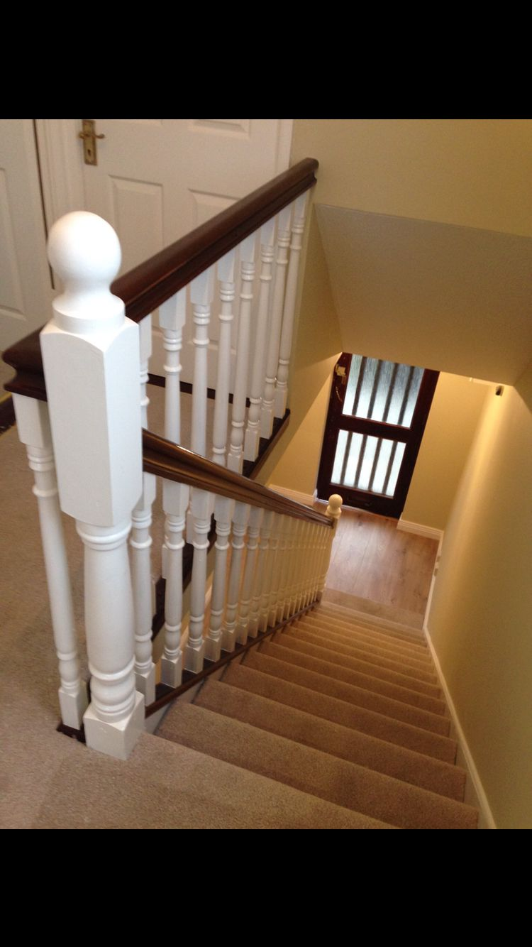 Best White Balstrade With Dark Mahogany Handrail Dark 400 x 300