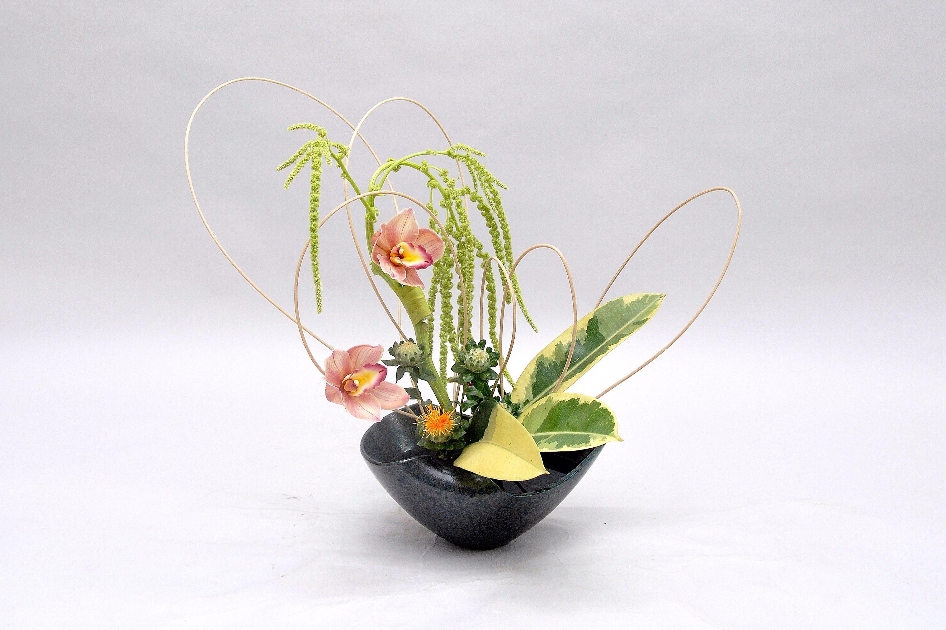 Ikebana ikenobo flower arrangement jiyuka. Indonesia