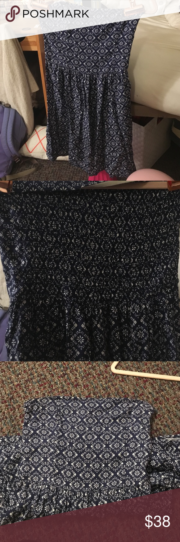 Abercrombie and fitch patterned dress Abercrombie & Fitch printed strapless dress. Blue and white floral print sun dress. Light soft material. Perfect for the summer. Never worn but does not have tag anymore. Fits small Abercrombie & Fitch Dresses Mini