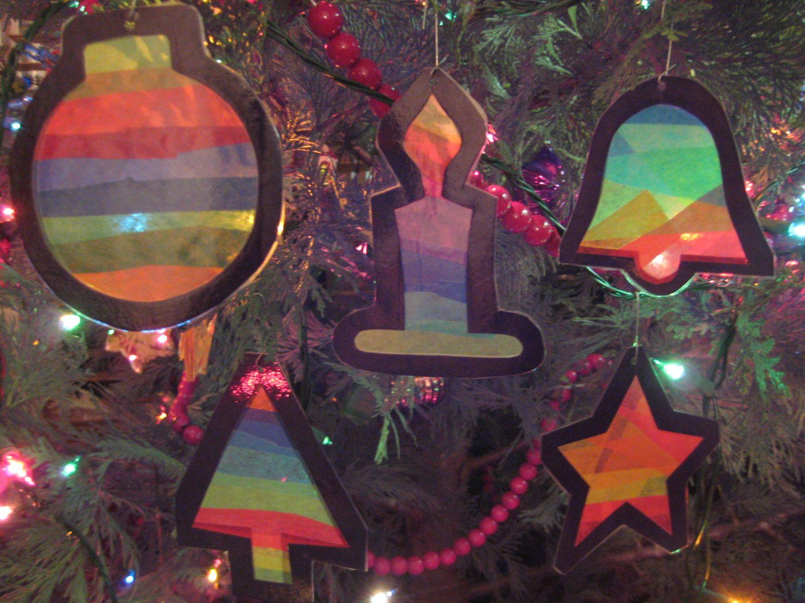 Christmas Ornaments with Tissue paper Gluesticks black
