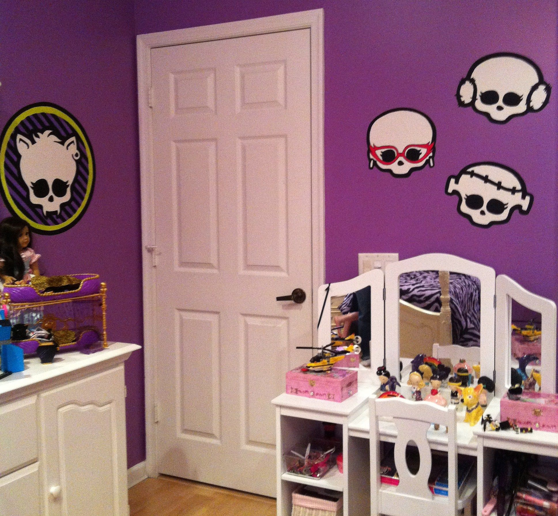 monster high bedroom decorating ideas all murals hand painted hand painted wallpaper mural by roxanne at www etsy com 1041