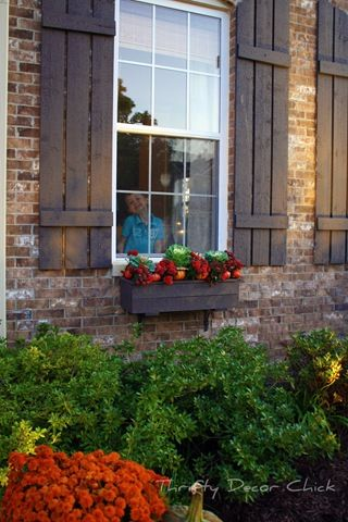 Easy fall ideas for the porch | House shutters, House ...